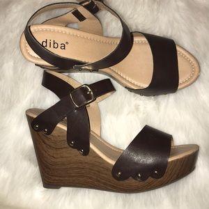 Just In✨ Diba Brown Wedges